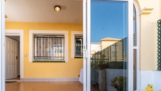Well maintained ground floor bungalow in Los Balcones - 6