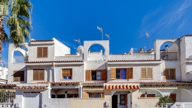 Well maintained townhouse in the Calas Blanca area - 12