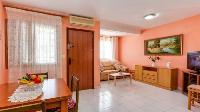 Well maintained townhouse in the Calas Blanca area - 2