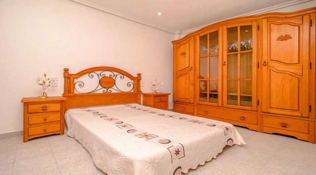 Apartment in Torrevieja - 11