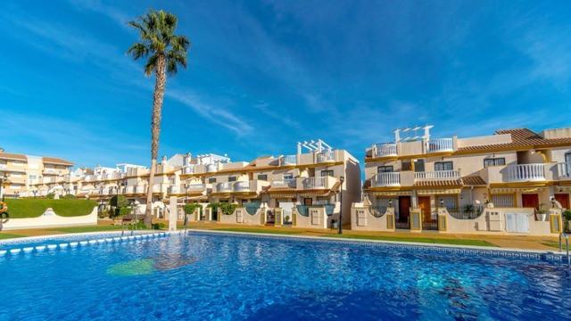 Townhouse in Orihuela Costa with sea view - 1
