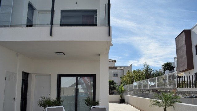 New bungalow in Torrevieja - 1