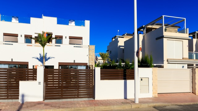 Modern townhouse in Torrevieja - 1