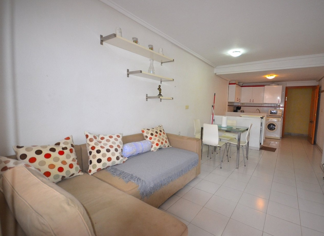 Cozy duplex apartment in Torrevieja - ET1674