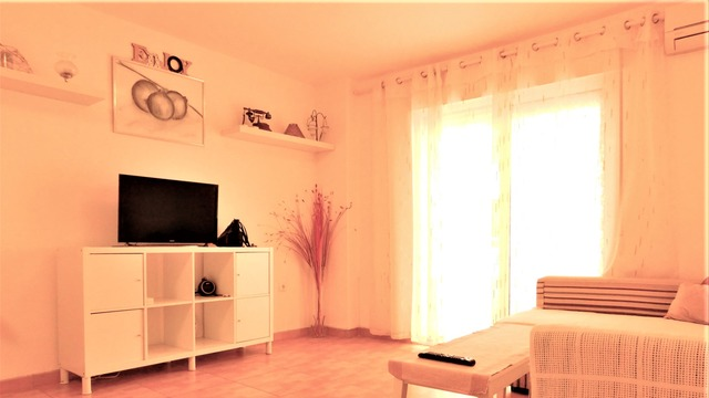 Cozy two bedroom apartment in Torrevieja - 2